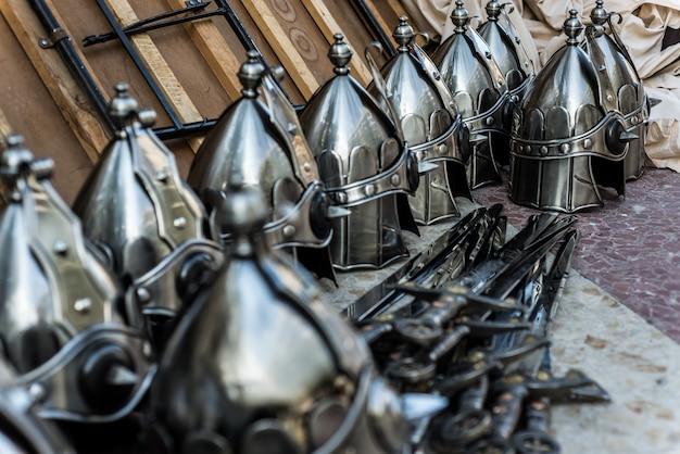 Zwaard zilveren helm
