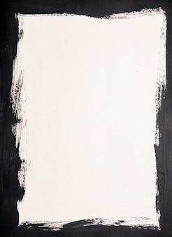 Zwart geschilderd frame op wit papier achtergrond