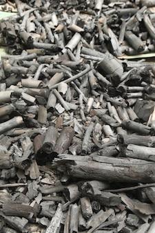Zwart houtskool verticaal beeld