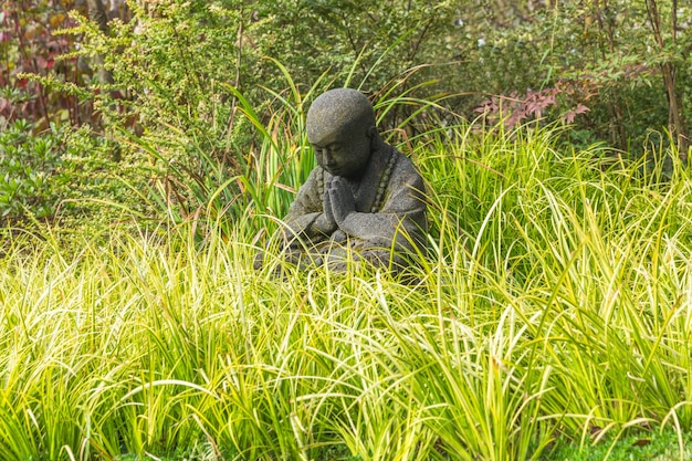 Zwart kind standbeelden in wuxi nianhuawan park