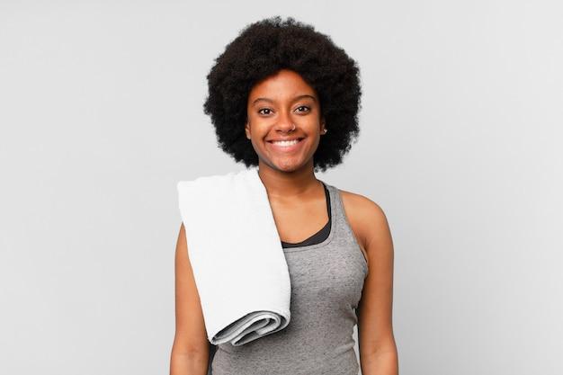 Zwarte afro fitness vrouw