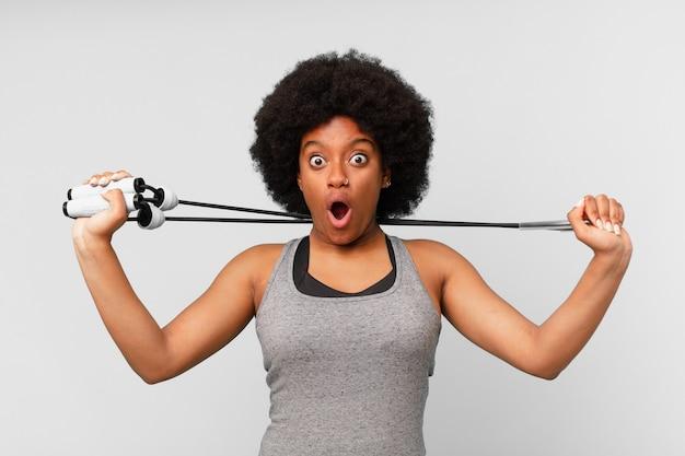 Zwarte afro vrouw
