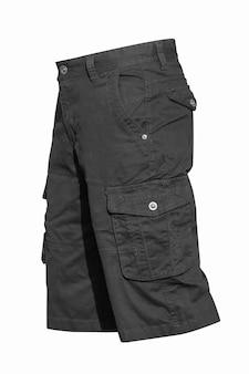 Zwarte bermuda broek geïsoleerd op wit met uitknippad