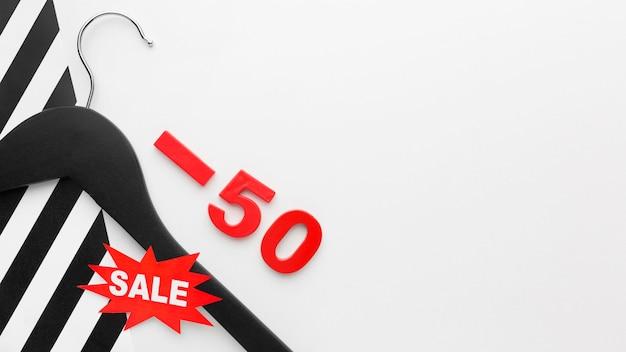 Zwarte hanger cyber maandag verkoop concept