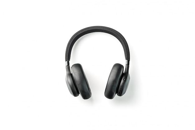 Zwarte koptelefoon op wit