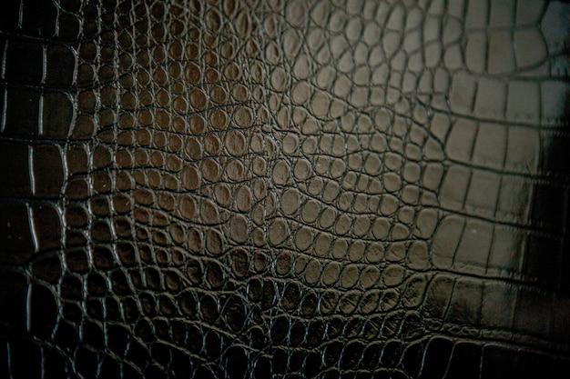 Zwarte krokodillenleer textuur met voor