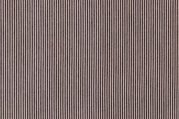 Zwarte lijnen over de gekleurde achtergrond