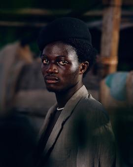 Zwarte man in afrika