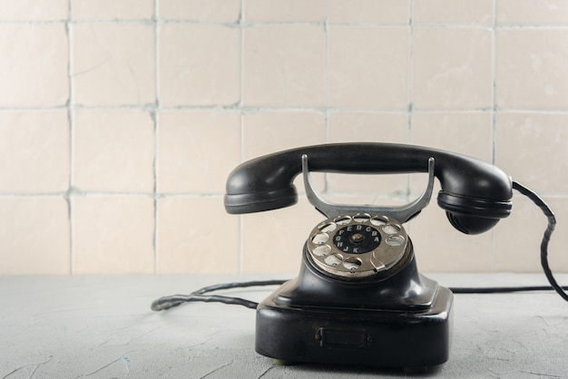 Zwarte vintage telefoon