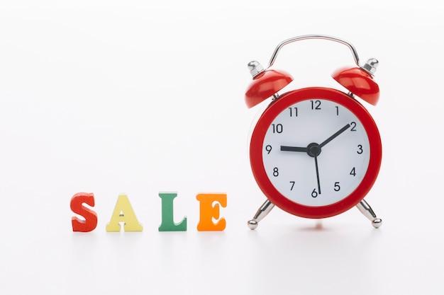 Zwarte vrijdag met klok verkoop concept