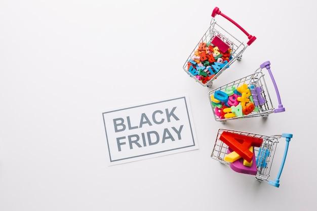 Zwarte vrijdag winkelwagentjes verkoop concept