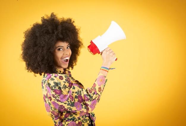 Zwarte vrouw vecht voor lgbt-rechten