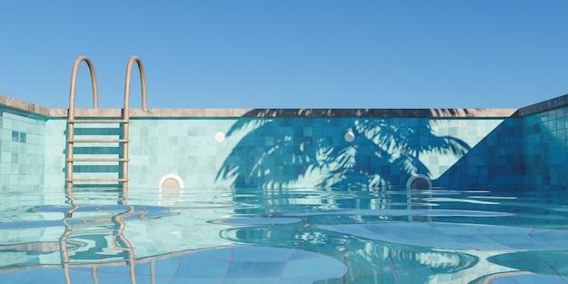 Zwembad met roestige trap gevuld met heldere lucht en schaduw van palmbomen