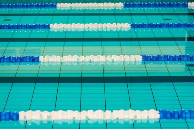 Zwembadbanen foto