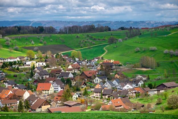 Zwitserland, kanton basel, olsberg ag, omgeving van arisdorf