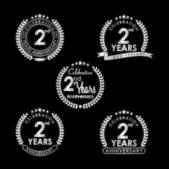 2 jarig jubileumvieringslabel met lauwerkrans