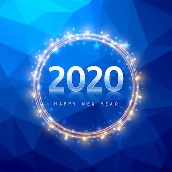 2020 nieuwjaarstekst op blauwe veelhoek Gratis Vector