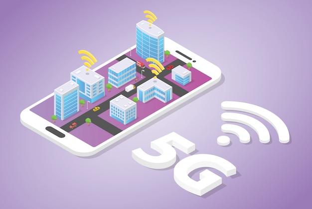5g-netwerk op slimme stadsbouwtechnologie met wifi-signaal bovenop smartphone