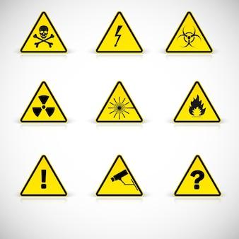 Aandachtstekens. waarschuwing