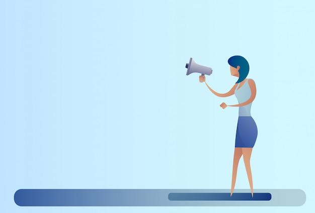 Abstract de megafoon luidspreker digitaal marketing concept van de bedrijfsvrouwengreep