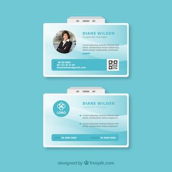 Abstract id-kaartsjabloon met platte ontwerp