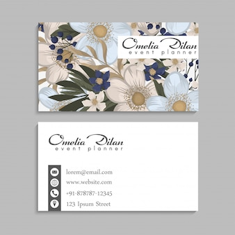 Abstract lapwerk met blauwe bloemen