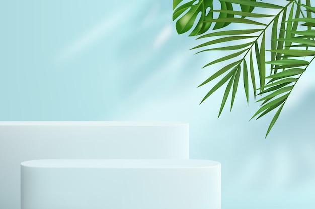 Abstracte achtergrond met geometrische vormen in pastelblauw. een minimalistische scène met een reeks podia en tropische bladeren op de achtergrond voor productdemonstratie.