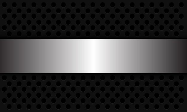Abstracte achtergrond zilveren banner overlappen op donkergrijze cirkel mesh patroon moderne futuristische illustratie.