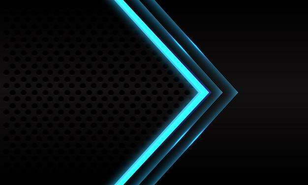 Abstracte blauwe neon pijl richting op zwarte metalen cirkel mesh patroon ontwerp moderne futuristische achtergrond