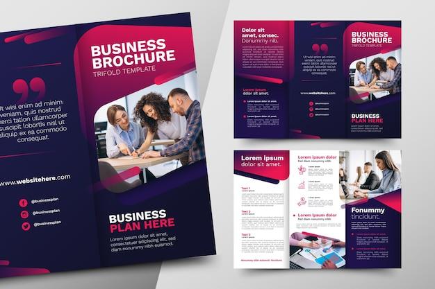 Abstracte driebladige brochure sjabloon thema