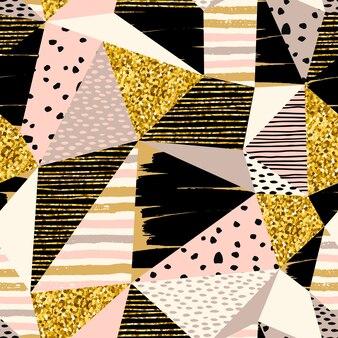 Abstracte geometrische naadloze patroon met goud glitter elementen.