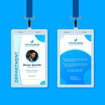 Abstracte identiteitskaart met foto en blauwe vormen