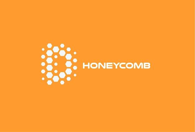 Abstracte letter d zeshoek vormen honingraat vector logo concept honingbij geïsoleerde pictogram op oranje