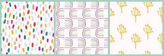 Abstracte naadloze patronen met regenboogplanten en stippen drie verschillende moderne kunstwerken