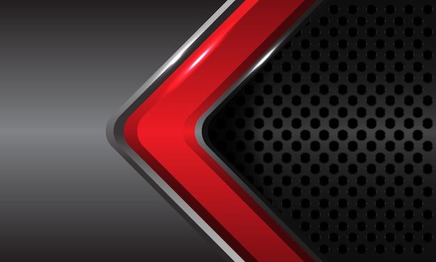 Abstracte rode glanzende pijl richting op grijs metallic met cirkel mesh patroon ontwerp moderne futuristische technologie luxe achtergrond.
