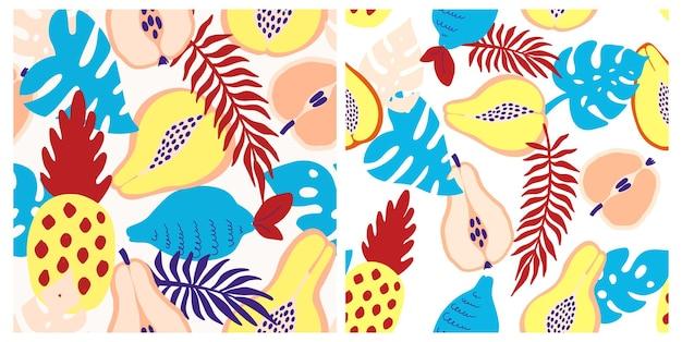 Abstracte tropische vruchten patroon. exotisch naadloos patroon met ananas, citroen, peer, appel, papaya en palmbladeren. vectorillustratie in de hand getekende stijl. helder ornament voor textiel en verpakking.