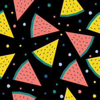 Abstracte watermeloen naadloze patroon achtergrond. kinderachtig handgemaakt handwerk voor ontwerpkaart, cafémenu, behang, zomercadeaualbum, plakboek, inpakpapier voor de feestdagen, tasafdruk, t-shirt enz.