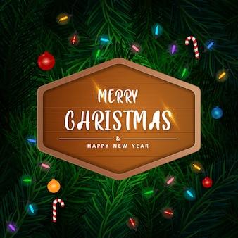 Achtergrond met realistisch ogende kerstboomtakken op rode achtergrond.