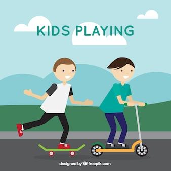 Achtergrond van spelende kinderen op straat met skateboard