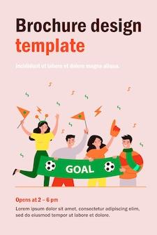Actieve voetbalfans houden banner geïsoleerde vlakke afbeelding. cartoon groep tekens sportteam juichen en schreeuwen tijdens wedstrijd. entertainment en feest concept