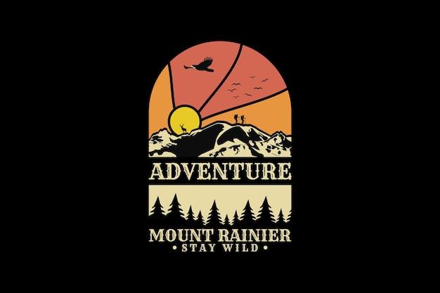 Adventure mount regenachtiger, ontwerp silhouet retro stijl.