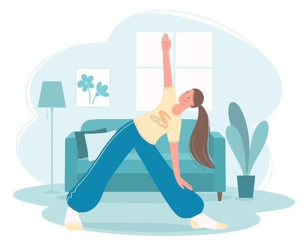 Aerobics fitness- of yogalessen thuis meisje staat in de trikonasan-driehoekshouding concept