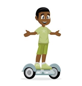Afrikaanse jongen op zelfbalancerende scooter.