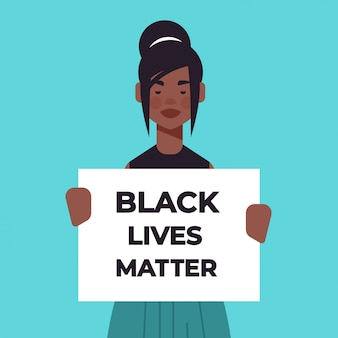 Afro-amerikaanse vrouw met zwarte levens doen ertoe bannercampagne