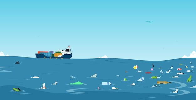 Afval en plastic flessen die in zee zijn gedumpt