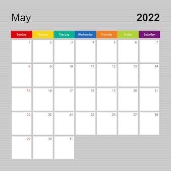 Ð¡alendar pagina voor mei 2022, wandplanner met kleurrijk design. week begint op zondag.
