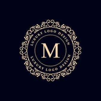 Antiek vintage retro luxe heraldisch victoriaans kalligrafisch logo met sierlijst premium vector