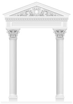 Antieke witte zuilengalerij met oude zuilen