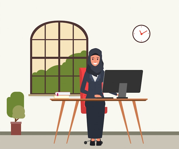 Arabier of moslim die met een computer werkt.