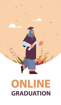 Arabische afgestudeerde student arabische vrouwelijke afgestudeerde vieren academische diploma graad onderwijs universiteit certificaat concept verticale volledige lengte vectorillustratie